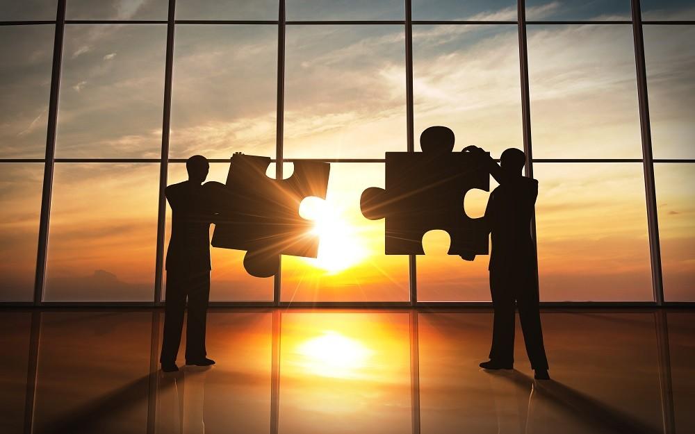 Business teamwork – puzzle pieces