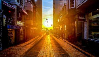 city-people-street-sun1