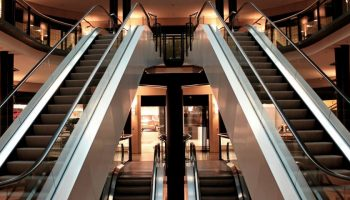 escalator-stairs-metal-segments-architecture-545811-1200×480